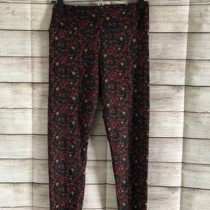 Lularoe leggings one size black with red flowers